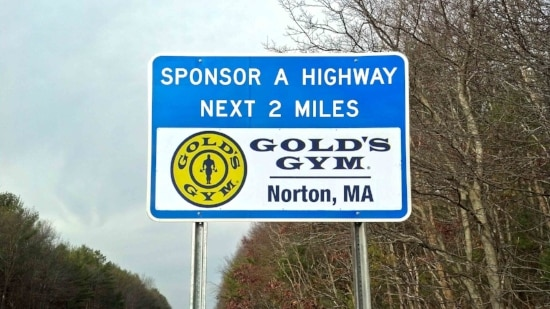 Golds-Gym-Norton-Sign